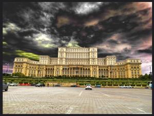 Palacio del Pueblo de Bucarest. Un monumento histórico.