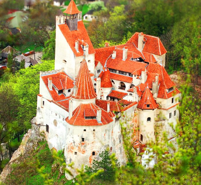 El Castillo de Bran, y el mito de Drácula, dos atractivos de Transilvania