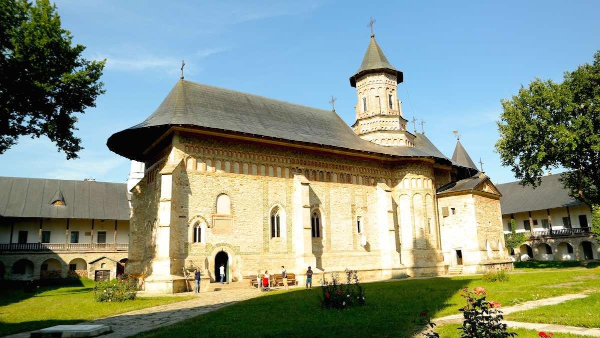 Monasterio de Neamt, cerca de Targu Neamt. ©Iñigo Pedrueza