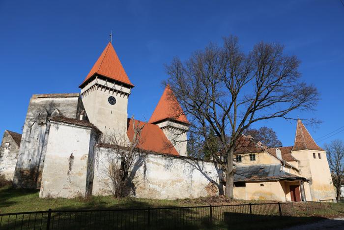 Iglesia fortificada de Dealu Frumos